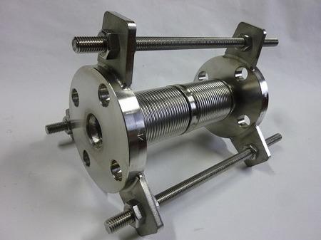 熱膨張吸収用20Aベローズ伸縮管