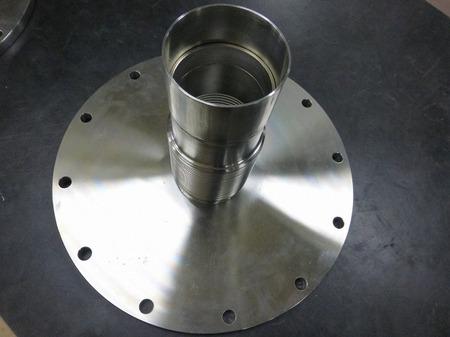 300Aと80Aの違径で板厚0.2mmの金属ベローズ