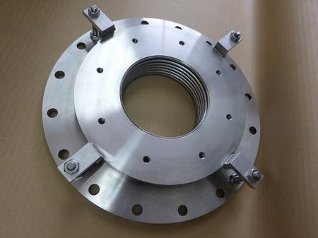 短面間ベローズ伸縮管 面間60mmで軸方向・軸直角変位を吸収