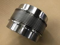 極低温配管プラントに使われるベローズ伸縮管
