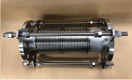 多層ベローズ伸縮管 内筒、タイロッド付