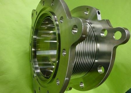 研磨加工を施した金属ベローズ伸縮管